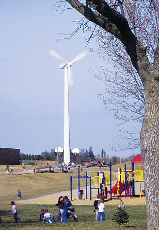 forest-city-iowa-school-wind-turbine